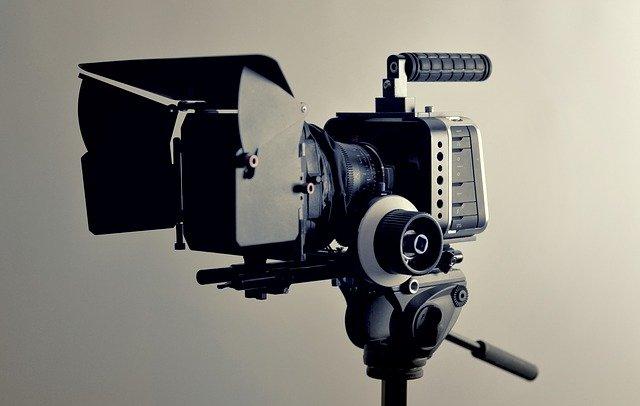praca nad filmem slubnym